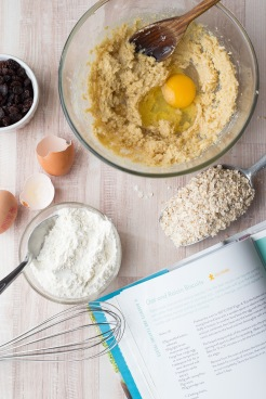 Oatmeal and raisin cookies 3
